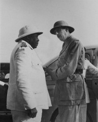 felix-eboue-DeGaulle_in_Chad.jpg